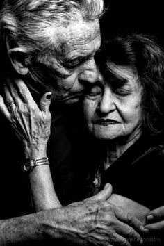 Beautiful photo of husband and wife. Each person is unique and each person is beautiful in their own special way. Make the world a better place - A simple way you can help right now! https://www.pinchmeliving.com/making-the-world-a-better-place/ via @pinchmeliving