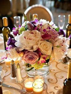 en la economia de hoy, tener una celebracion, a veces puede salir costosa, hoy te hablare de unos arreglos florales que no te haran gastar demasiado