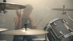 SLSP - Ashton Irwin (GIF)