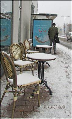 The first snow day in Kauniainen near Helsinki, Photo Aili Alaiso Finland