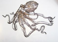 Thomas Hill Wire Sculptures - I use steel wire to create. Animal Sculptures, Sculpture Art, Wire Sculptures, Abstract Sculpture, Bronze Sculpture, Octopus Art, Fish Art, Boli 3d, Chicken Wire Art