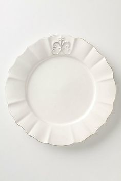In LOVE with this plate set for over a year! Definitely buying them when I get my own place!