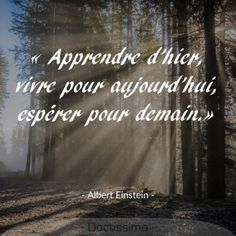 Strong Quotes 787285578584340945 - Citation d'Albert Einstein Source by penseesreflexiones Citation Einstein, Quote Citation, Albert Einstein Quotes, Khalil Gibran Citations, Quotes Francais, Meaningful Quotes, Inspirational Quotes, Emily Dickinson Quotes, Good Quotes For Instagram