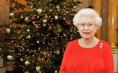 Download wallpapers Elizabeth II, portrait, Christmas, Queen of Great Britain, Elizabeth Alexandra Mary