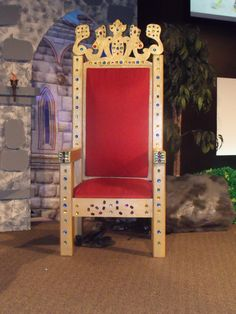 Main Stage Throne