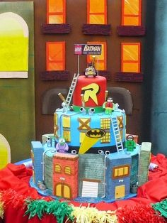 torta legos batman by Monica de Rumbea, via Flickr
