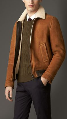 Burberry London Leather Detail Shearling Aviator Jacket