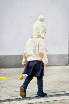 Knit cardigan and fringe shoes by Zara, skirt by Miszkomaszko - Kids Love Styl