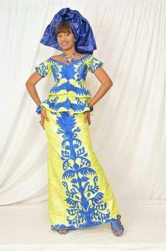 Jaune et bleu brocart tenue ethnique des par NewAfricanDesigns
