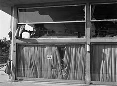 Pozsonyi út 38-40., a légitámadásban megsérült Dunapark kávéház.