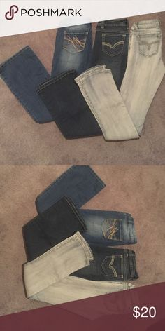Flare/ boot, jeans Lei flare size 1, no boundaries flare size 1, no boundaries boot cut size 3 fit like a 1. Each pair worn maybe once or not at all. lei/ no boundaries Jeans Flare & Wide Leg