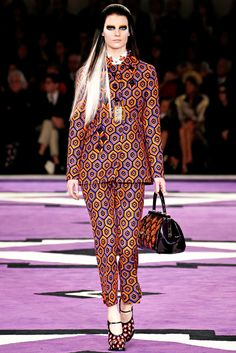 VINTAGE PATTERNS - Prada Fall 2012 Ready To Wear - Autunno Inverno 2012 2013 - 2