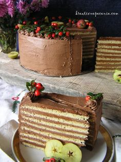 Sponge Cake Recipes, Eclairs, Pavlova, Fun Desserts, Tiramisu, Deserts, Food And Drink, Sweets, Cookies