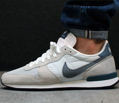 Nike Internationalist light base grey/cool grey/new slate/summit white   I really want them...