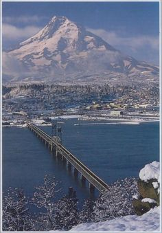 Hood River, Or. with Mt. Hood.