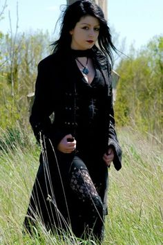 #Goth girl just being beautiful. Love the simplicity of it.