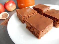 Vynikající a rychlé Kakaové řezy sjablky - Recepty pro každého Sweet Cakes, Sweet Recipes, Food, Essen, Meals, Yemek, Eten