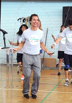 Matthew McConaughey didn't just talk about the importance of staying active when he visited Venice High School in Venice, California, on Wednesday(8.15.2012). He sweated it out with the students, too,  jumping rope and doing sit-ups, push-ups, and squats with the kids. The event kicked off Procter & Gamble's GIVE Education campaign, focused on raising funds for the high school dropout prevention group Communities in Schools.