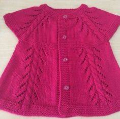 New Knitting Baby Vest Pink Ideas Girls Knitted Dress, Knit Baby Dress, Knitted Baby Cardigan, Knitted Baby Clothes, Baby Knits, Girls Sweaters, Baby Sweaters, Baby Knitting Patterns, Knitting Designs