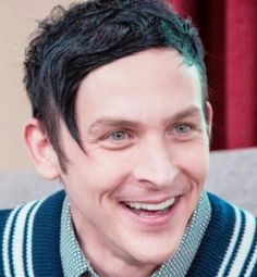 EYES! Robin Lord Taylor ♥