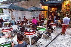Begin september waren Eric en ik een weekje in Portugal. Eerst een paar dagen naar Lissabon als citytrip en daarna een paar dagen relaxen in de Algarve, perfect! Ik verheugde me erg op het Portugese eten, ik ben al vaak in noorden van Portugal geweest en kon me die pastel de natas nog heel goed …