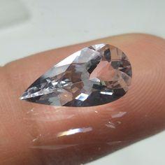 2.1 Carat 13.5x7 mm Long Pear Shape Goshenite Perfect Cut Beryl Faceted Stone  #Unbranded