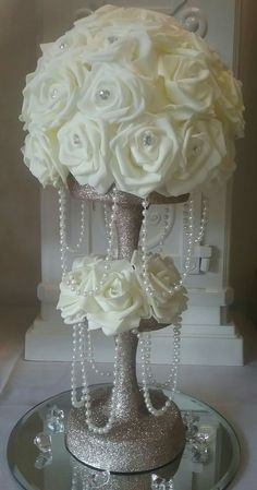 Versatile anchor for guided Quinceanera party themes Versatile anchor for guided Quinceanera party themes - - Floral Centerpieces, Wedding Centerpieces, Wedding Table, Floral Arrangements, Wedding Day, Tree Wedding, Party Wedding, Wedding Reception, Wedding Flowers