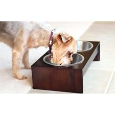 Elevated Pet Feeder in Solid Wood.      Buy it now >>>>>   http://amzn.to/1sysN0Q