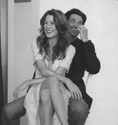 Ellen Pompeo and Patrick Dempsey. Greys Anatomy Funny, Greys Anatomy Couples, Greys Anatomy Cast, Grey Anatomy Quotes, Meredith Grey, Meredith And Christina, Mark Sloan, Black And White Photo Wall, Black And White Pictures