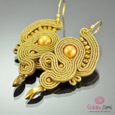 Gold Soutache Dangle Earrings  Long Dangle Soutache by OzdobyZiemi  #OzdobyZiemi #earrings #soutacheearrings #handmadejewelry #dangleearrings #soutacheembroidery #handmadeearrings