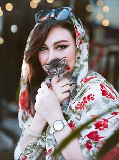 street fashion in iran , women's fashion in iran تیپ اسپرت دخترانه ایران Iranian Beauty, Muslim Beauty, Iranian Art, Cute Babies Photography, Teenage Girl Photography, Stylish Work Outfits, Stylish Girl Pic, Iran Girls, Vietnamese Clothing