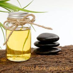 """Das immer passende Geschenk """"Massageöl"""" . Für jeden Anlass empfehlenswert und einfach in der Zubereitung. How To Make, Gift, Face, Recipe"""