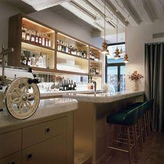 Restaurante Le Sergent Recruteur, lo medieval sublime por Jaime Hayon.