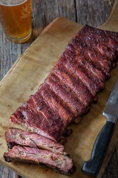 Smoked spare ribs may seem intimidating, but they shouldn't. The goal is to achieve the perfect doneness, but as long as you don't undercook, they'll be good! Ribs In Electric Smoker, Smoker Ribs, Ribs On Grill, Barbecue Ribs, Smoked Spare Ribs Recipe, 321 Smoked Ribs, Smoked Beef, Smoked Brisket, Barbecue