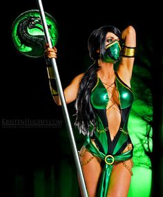 Jade Mortal Kombat Cosplay http://geekxgirls.com/article.php?ID=1491