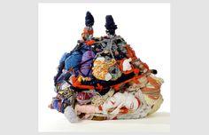 PT # Sans titre, 2006/textile noué et assemblé/67x77x42 cm