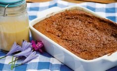 This malva pudding is a traditional South African favourite recipe with a twist, Amarula sauce. Amarula sauce 125 ml melted butter, 200 ml ml caster sugar, 80 ml Amarula South African Desserts, South African Dishes, South African Recipes, Malva Pudding, Healthy Christmas Recipes, Pudding Recipes, A Table, Baking Recipes, Yummy Food