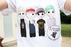 HAHA! AS IF THEY REALLY LIKE THE BANDS THAT ARE ON THEIR T SHIRTS. 5 SECONDS OF SUMMER, (15 SECONDS OF FAME) ARE NOT FUCKING ROCK!
