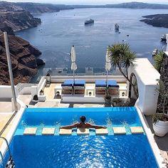 Santorini what about this view? Santorini Island, Santorini Greece, Dream Vacations, Vacation Spots, Vacation Villas, Wonderful Places, Beautiful Places, Greece Islands, Beautiful Villas