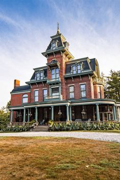1880 Second Empire For Sale In Pittsburgh Pennsylvania Victorian Architecture, Sustainable Architecture, Residential Architecture, Pavilion Architecture, Contemporary Architecture, Beautiful Buildings, Beautiful Homes, Modern Buildings, Pittsburgh Neighborhoods