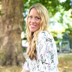 Featured Interview With Anna S. Lundberg Tell us a little about yourself. Where were you raised? I grew up in the UK and my paren Steven Pressfield, Study Philosophy, Julia Cameron, Write Every Day, I Quit My Job, English Study, Live In The Now, Career Advice, People Around The World