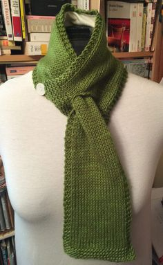 Free Knitting Pattern for Keyhole Neckwarmer - Scarf in worsted yarn was designed by LeslieAnn Molnar-Grabowski.