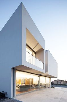 Paramos house by Atelier Nuno Lacerda Lopes