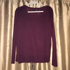 """H&M • Boxy Side Slit Sweater Boxy fit knit sweater with 2"""" slit on each side. Lightweight and layerable. EUC. H&M Sweaters Crew & Scoop Necks"""