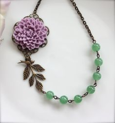 I may have to have this necklace. So vintage-y and pretty for spring/summer.