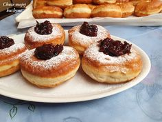 Šišky Doughnut, Desserts, Food, Basket, Bulgur, Tailgate Desserts, Deserts, Essen, Postres