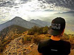 De ayer fuera de casa! Hoy un buen día para salir a respirar! Aprovecha la buena ventana. : info@stgomrco.com  #stgomrco #truckerhatstgomrco #mammutchile #swisstechnology #mammutmtr #cabradelmonte #cervezaquimera #nutricionenbalance #club #equipo #crew #training #run #runner #mountain #trailrunning #ultratrail #running #landscape #picoftheday #nature #city #santiago #chile