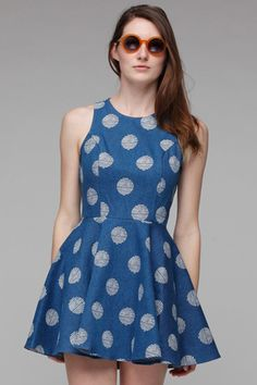 cinched waist, tailored cut, AND polka dots?! a perfect combination.