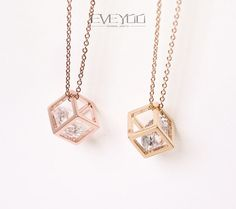Etsy の Cube NecklaceRhinestone Necklace by EVEYOO