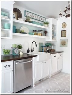 The Pear Tree Cottage: kitchen